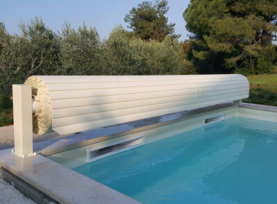 Nadvodní zakrytí bazénu BASIC v pískové barvě